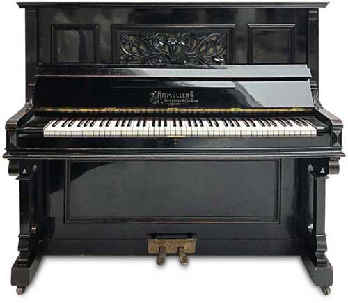 Ritmueller-Altes-Klavier